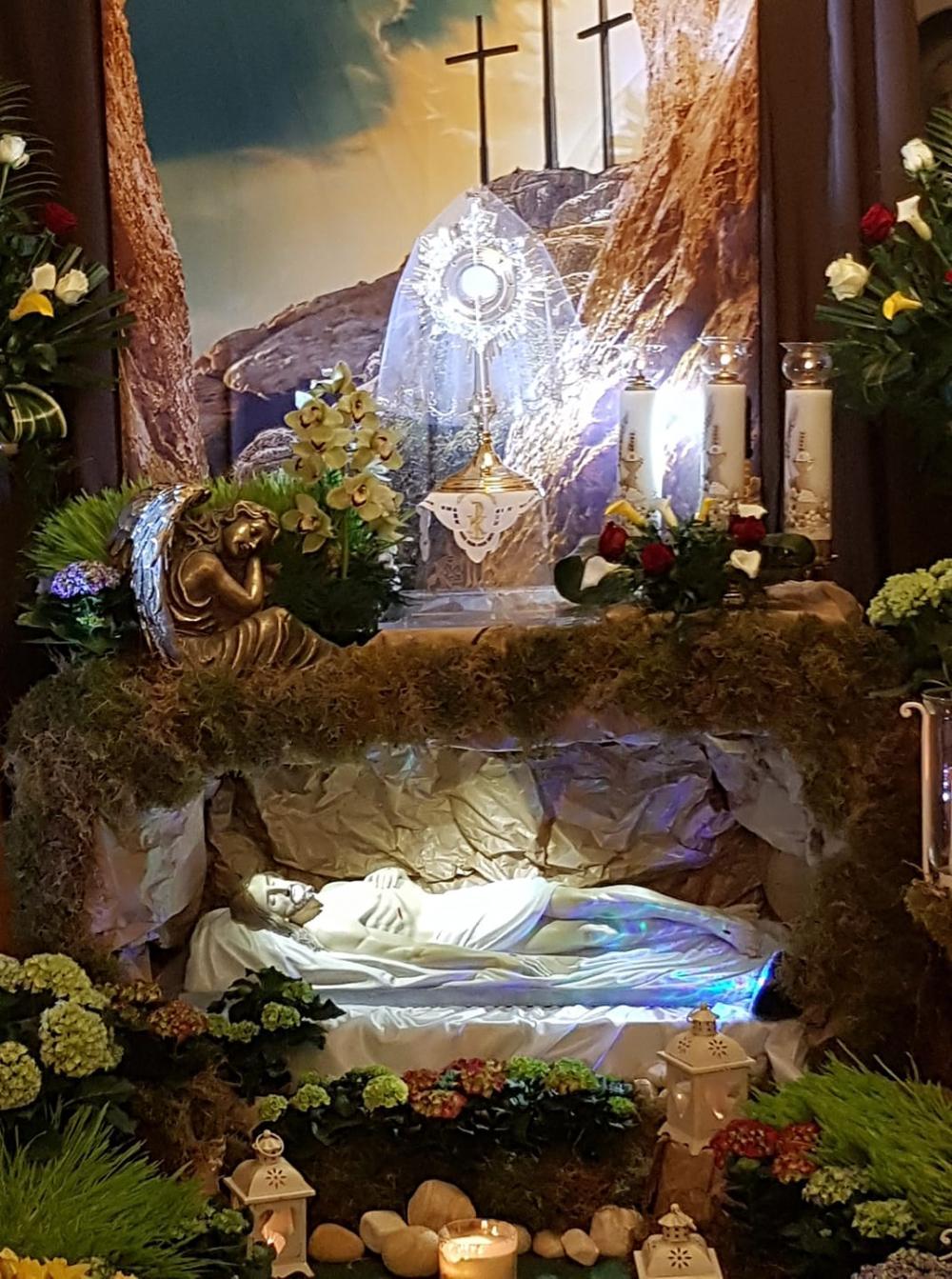 Życzenia Wielkanocne ks. Roberta i ks. Damiana
